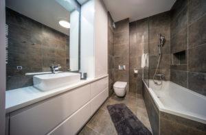 Apartament Bussines lazienka33